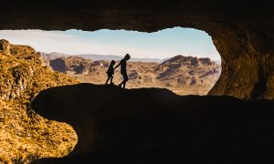 PHOENIX FAMILY HIKING: THE WAVE CAVE WITH KIDS