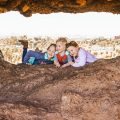 PAPAGO PARK WITH KIDS : HOLE IN THE ROCK